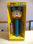 Talking Garfield Giant Pez Candy Roll Dispenser