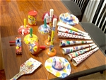 18 Circa 1940s To 1960s Vintage Tin Noisemakers
