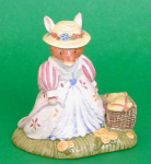 Brambly Hedge Lady Woodmouse With Basket Dbh32