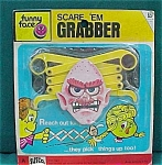 Scare Em Grabber Funny Face Plastic Toy In Blister Pack