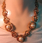 Dauplaise Renassaince Look Faux Pearl Necklace