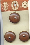 Carded Set Of 3 Wooden Buttons
