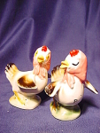 Vintage Hens With Scarves Salt And Pepper Shakers