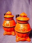 Vintage Pot Belly Stove Salt And Pepper Shakers
