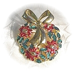Goldtone Danecraft Christmas Pin