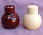 Vernon Kilns Early Califonria Shakers