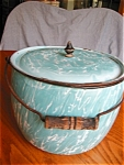 Antique Aqua Graniteware Cook Pot