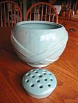 Zanesville Planter Vase & Frog