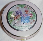 Exquisite Old Pink Miniature Enamel Compact