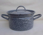 Grey & White Mottled Graniteware Pot W/lid