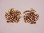 Costume Jewelry - Large Gold Tone Swirling Star Clip Earrings