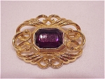 Costume Jewelry - Gold Tone Brooch With Large Amethyst Rhinestone