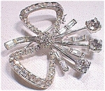Beautiful Vintage Rhinestone Bow Pin Broach