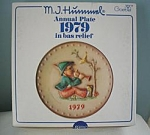 M. I. Hummel 9th Annual Plate #100779-1979