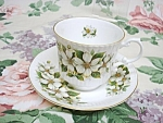 Royal Minstrel Cup&saucer-white Blossoms