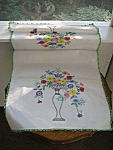 Pretty Hand Embroidery - Runner - Floral