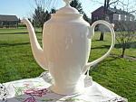 White Porcelain Coffee Pot Teapot Great Shape Mint