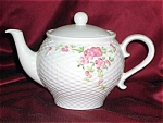 Basket Weave Teapot With Pink Roses