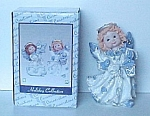 2000 Resin Christmas Angel Figurine With Lantern Nib
