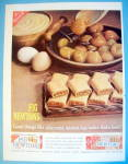 1961 Fig Newtons With Figs In A Bowl