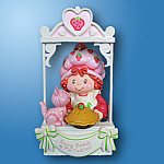 Strawberry Shortcake Easy As Pie: Carlton Ornament 2005