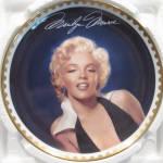 Graceful Beauty: Marilyn Monroe Gold Bradford