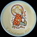 Christmas Child: Berta Hummel Schmid 1975 Plate