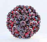 9k Brooch With Garnets 19th Century