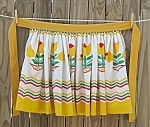 Vintage Apron With Yellow Tulips