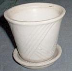 Small Brush Violet Pot Ivory Repeating Checks