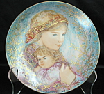 Knowles Hibel Emily And Jennifer Collector Plate
