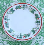 Lynn's Christmas, Holly & Berry, Gold Edge Salad Plate