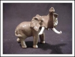 Hagen Renaker Specialties Elephant Mama