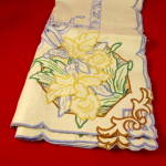 Beautiful Table Cloth, Embroidered Daffoldils.