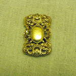 Unusual Renaissance Design Golden Scarf Clip
