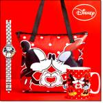 Mickey And Minnie Kissing Smooch Gift Bundle