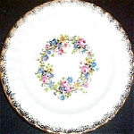 Knowles Flower Ring Bread Plate