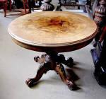 Spanish Table. 19th Century. Walnut