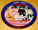 Disney Collector Plate Mickey's Gala Premiere 4th Issue