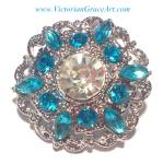 Costume Jewelry: Clear Turquoise Blue Rhinestone Brooch Pin