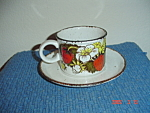 Midwinter Wedgwood Strawberry Cups And Saucers