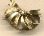 Dainty Gf Ribbon Pin W Pearl