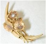 Petite Victorian Flower Pin - 10 K