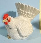 K6161a White Hen Trinket Box