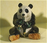 K4391a Sitting Panda With Bamboo