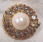 Imitation Pearl And Rhinestone Pin