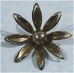 Unmarked Silvertone Flower Pin