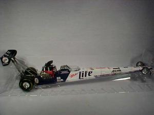 R C 1:24 Miller Lite Dragster NHRA (Image1)