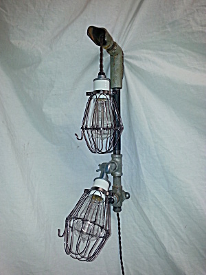 INDUSTRIAL STEAMPUNK WALL LIGHT (Image1)