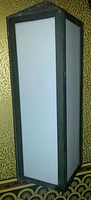 Deco bronze exterior wall sconce (Image1)